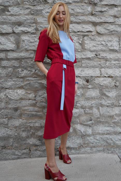 Veinipunane&helesinine kummiga kleit (M)