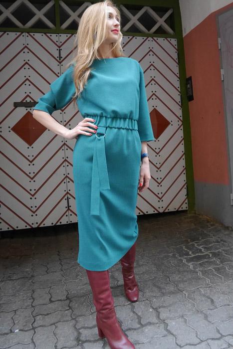 Roheline kummiga kleit (S)