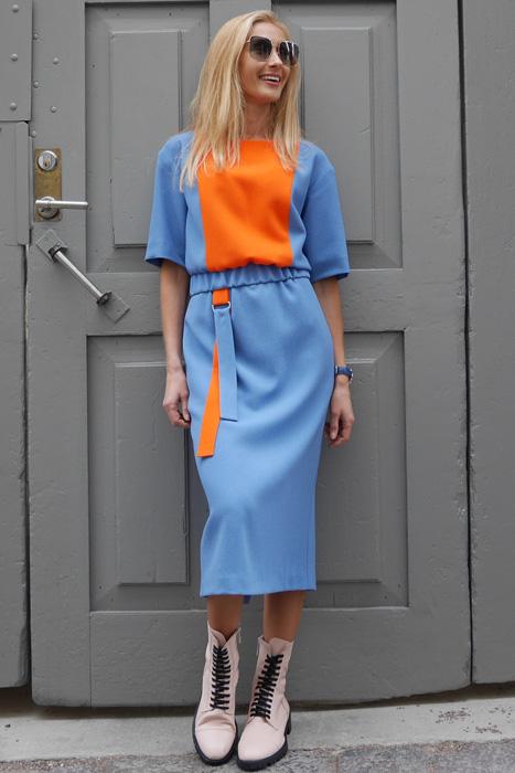 Sinakashall & oranž kummiga kleit (M)